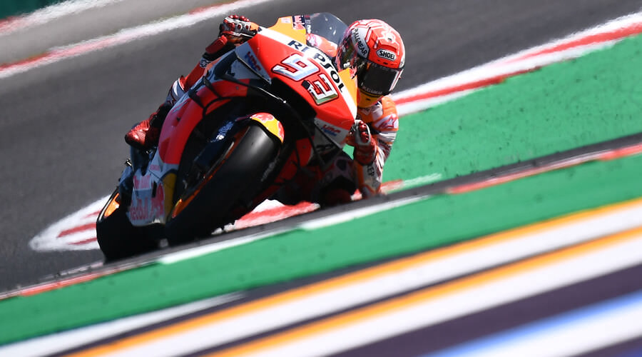 Marquez Dalam Kepungan Rider Yamaha