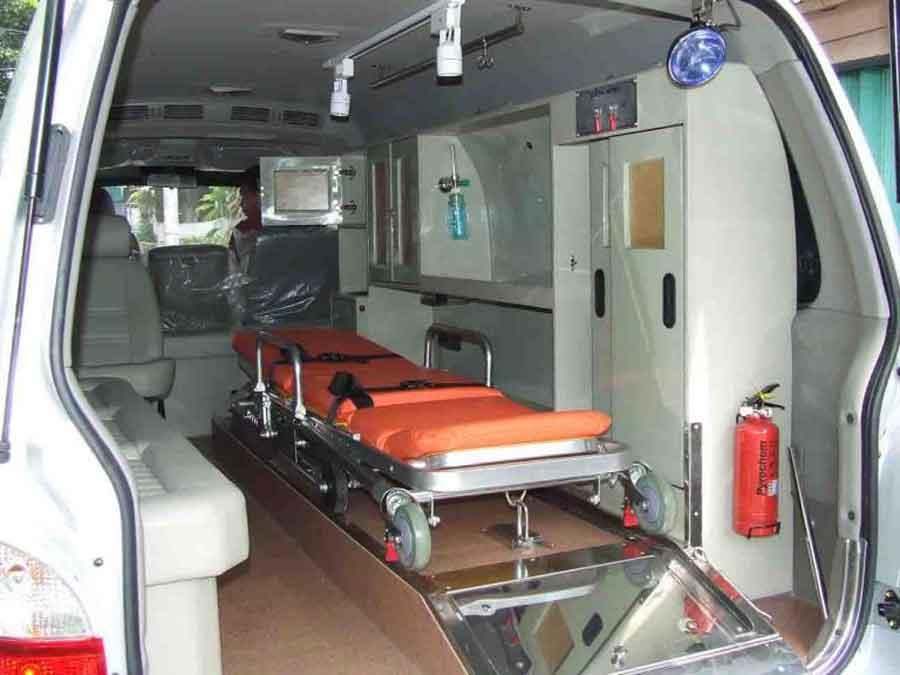 "Dikejar ""Bayangan"", Pencuri Mobil Ambulans Buang Tandu Jenazah di Tayan"