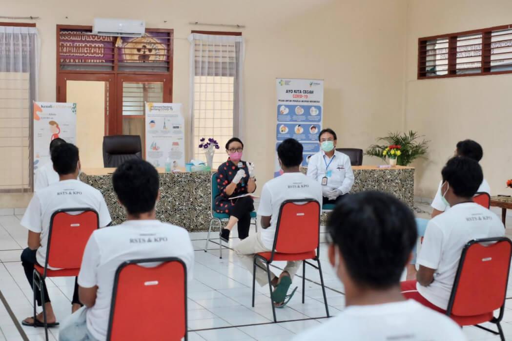 Kutuk Perlakuan Tak Manusiawi ABK WNI, Tak Digaji hingga Kerja 18 Jam